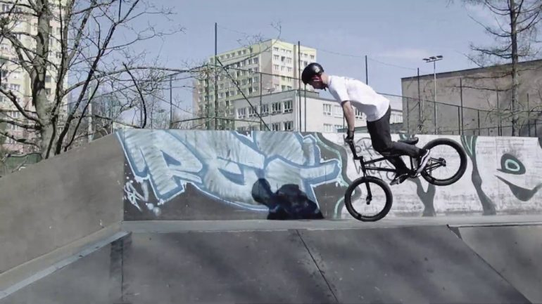 Maks Płuciennik - Welcome to AveBmx Team! - Loked BMX magazine